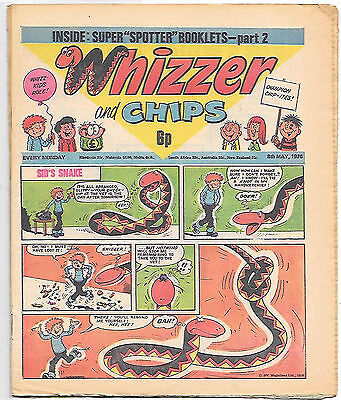 Whizzer and Chips 8th May 1976 (very high grade) Sid's Snake, Odd-Ball, Loser...
