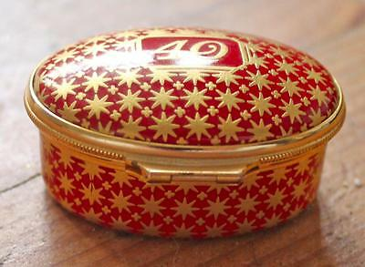 Exquisite HALCYON DAYS enamel GILDED red '40' design PILL/TRINKET BOX