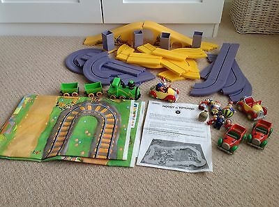 Hornby Noddy In Toyland Playset 1 Bundle. Includes Cars And Figures