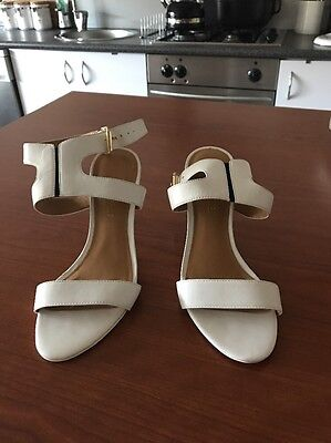 As New Nine West White Heels, Size 7M