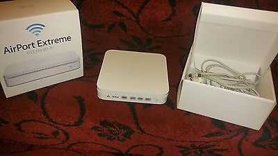 Apple AirPort Extreme (A1354) 4th Gen VGC Fully Boxed, Fully Working, Dual Band