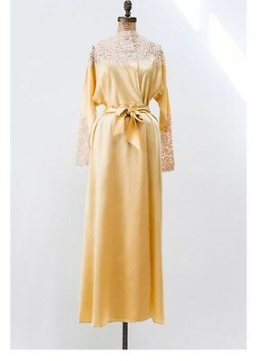 Vintage 1930s Silk And Satin Laced Yellow Dressing Robe / Gown
