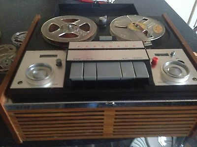 Vintage Ferguson 3222 Reel to Reel tape recorder with microphone and spools