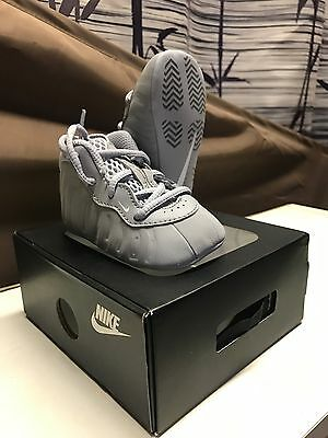 Infants Baby Nike Lil' Posite Pro One crib shoes size 2C wolf grey  foamposite
