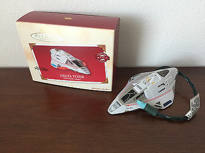 2002 Hallmark Keepsake Ornament Star Trek Voyager Delta Flyer w/ Box