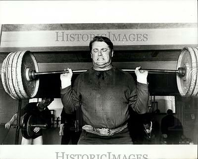 Press Photo Ove Johansson as he carries out his weight lifting training
