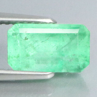 2.14 Ct Mind Blowing ! Stunning Rearast 100%natural Green Colombian Emerald.