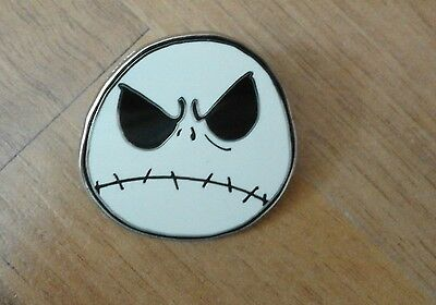 The Nightmare before Christmas Button aus Disneyland Paris
