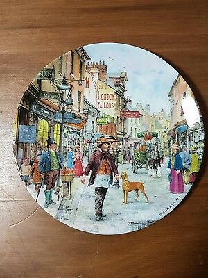 "Cries of London Collectors Plate - ""The Muffin Man"""