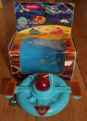 VINTAGE FLYING SAUCER #6006 SPACE SHIP UFO TOY 1960's CLOCKWORK RARE DY WINEX