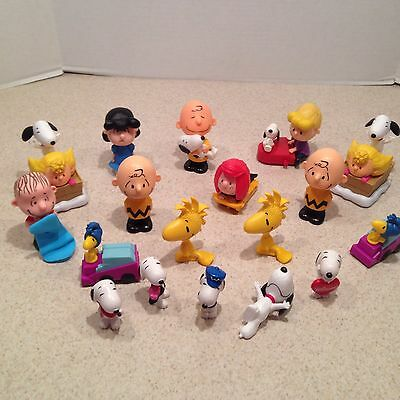 Peanuts Action Figure Lot Snoopy Charlie Brown Linus Peppermint Patty Lucy