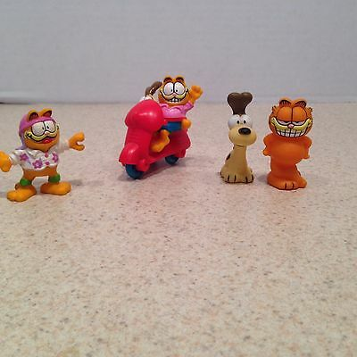 LOT OF  VINTAGE GARFIELD AND ODIE FIGURES PVC 1980's Toys Cartoon
