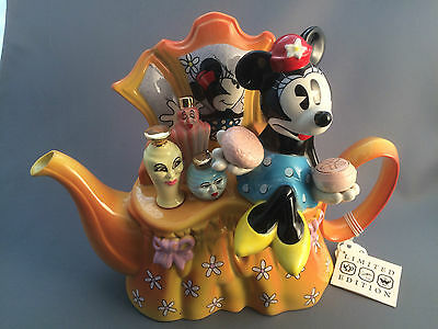Cardew Design Disney Minnie Dressing Table Limited Edition Large Novelty Teapot.