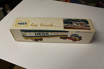 Near Mint 1976 Hess Barrel Truck Super Clean In Box Works Great See My Pictures