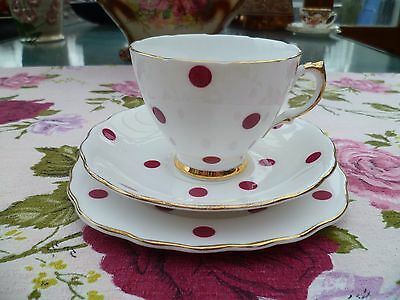 Lovely Vintage Royal Vale China Trio Tea Cup Saucer Plate Red Polka Dot