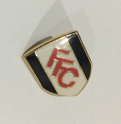 FULHAM Football Club Badge FC FFC Enamel SUPPORTERS PIN STYLE 2 of 3 DIFFERENT
