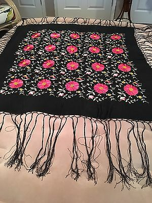 VTG 1920s Embroidered Piano Shawl Black Floral