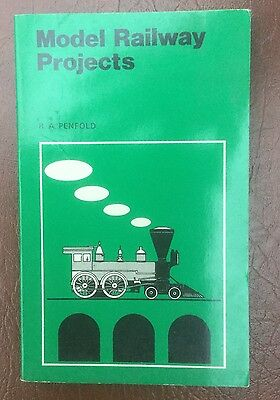 Model Railway Projects p/b Book by R. A. Penfold