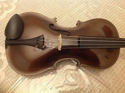 Beautiful full size violin with lion scroll and Aschinger borders