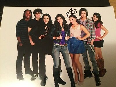 Avan Jogia Victorious Nickelodeon Victoria Justice Autograph Signed photo