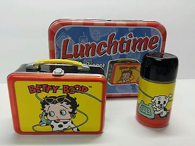 Betty Boop Lunchtime Salt & Pepper Shakers Vandor 2001 King Features Syndicate