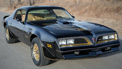 1977 Pontiac Trans Am  1977 Trans Am Special Edition Y82 Bandit 4-Speed Restored!