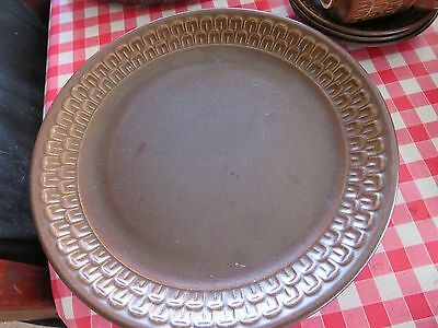 Vintage Pennine Wedgewood 4 Large Dinner Plates Used. Excellent condition