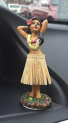 Dancing Car Hawaiian Doll Hula Girl Cute Driving Miniature Dashboard Desk Doll