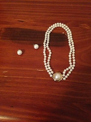 Double Strand White Pearl Chocker Sets In Solid 14k Gold Mabe Pendant