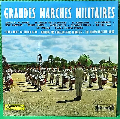 French Paratroopers Marching Grandes marches militaires Parachutistes français