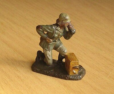 Vintage 1930's Composition Lineol German Soldier, Field Radio, 70mm, Elastolin