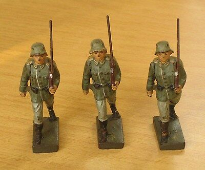 Vintage 1930's Composition Lineol 3 German Soldiers Marching, 70mm, Elastolin