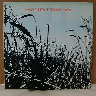 Another Sunny Day - I'm In Love EP - Sarah Records - Sarah 7 - Includes Inserts
