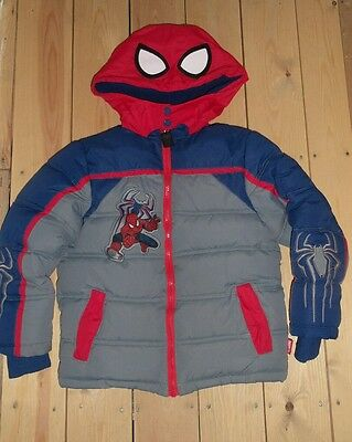 Disney Marvel Spiderman puffer jacket size 5/6 years (116 cm)