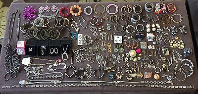 VINTAGE ANTIQUE JEWELRY LOT - RESALE REPAIR CRAFT ~ BROOCH ~ Signed