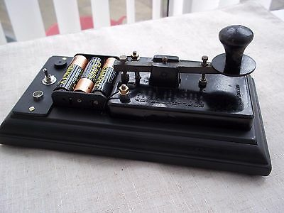 Vintage  Morse Code/ Telegraph Key.   with Sound/Light Practice option.....