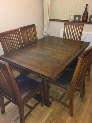 REDUCED Extendable 6 - 10 Seater Wooden Dining Table & 6 Chairs
