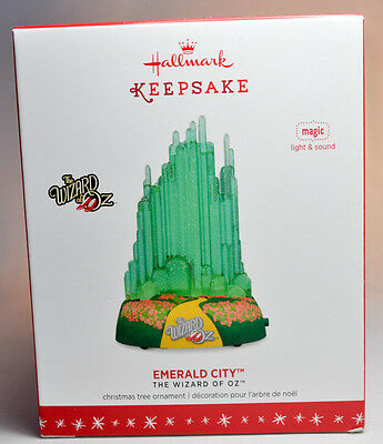 Hallmark: Emerald City - Wizard of Oz - Magic Light Sound 2016 Keepsake Ornament