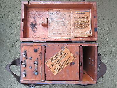 Old Vintage WW2 Canada Telephone I-51 Test Set in Wooden Box