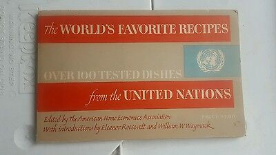 The World's Favorite Recipes-Over 100 Tested Dishes from the United Nations
