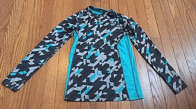 Boys Under Armour Long Sleeve Shirt Size YSM Small