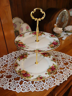 Vintage Royal Albert Old country Roses Cake Stand