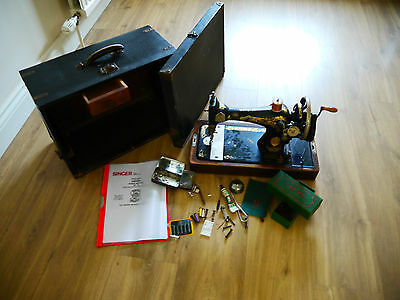 Vintage Singer Sewing Machine 1932 With Case & Accessories with crank Handle