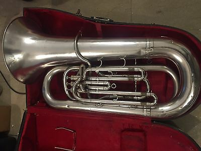 Imperial Bb Tuba Boosey and Hawkes 1981