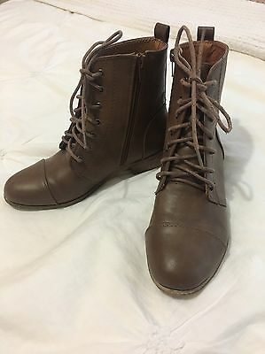 Women's Size 36 Brown Boots