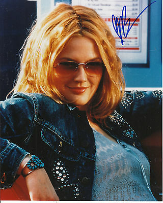 DREW BARRYMORE hand SIGNED Photo