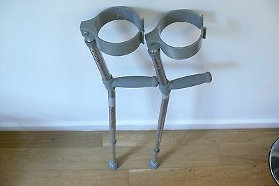 ADULT ELBOW CRUTCHES EXTENDABLE STANDARD x 1 PAIR