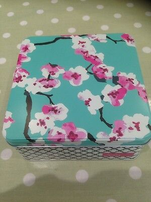 Square Tin By Joules