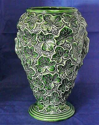 "SYLVAC Pottery - Model # 2645 - Very Large Green ""IVY LEAF""  VASE - Very Good"