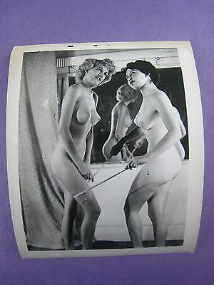 Vintage  Photo...# 100-20......risque,nude...nice....busty